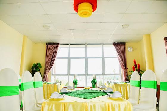 Nhà hàng đảo ngọc xanh