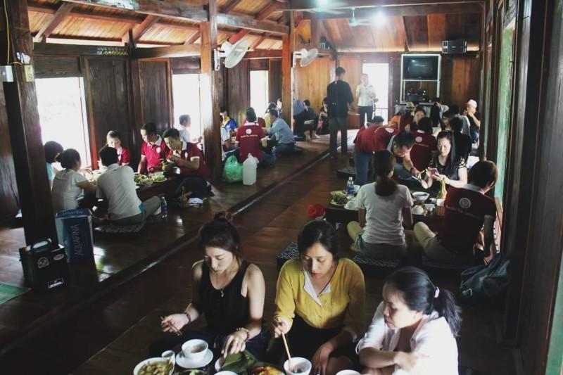 Ẩm thực nhà hàng Xuân Sơn