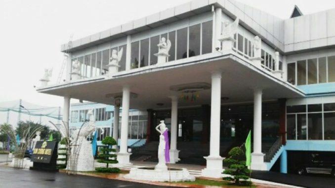 Khách sạn Kim Cương Hotel ở Thanh Thủy