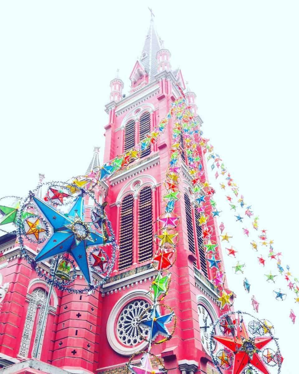 Nhà thờ Tân Định được trang trí lộng lẫy đón chào Giáng Sinh