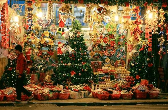 Khu phố người hoa tại Sài Gòn tràn ngập không khí Noel (Ảnh sưu tầm)