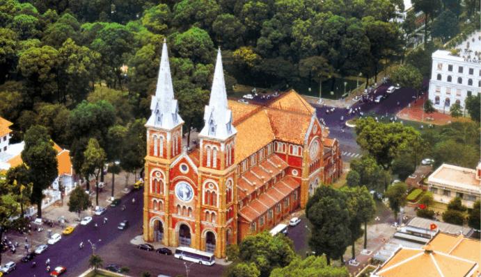 Nhà thờ Đức Bà (Ảnh sưu tầm)