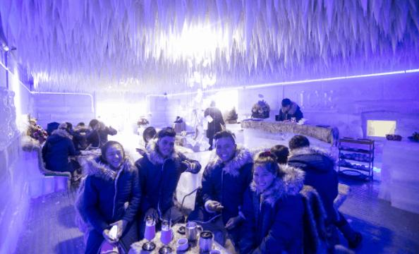 Trải nghiệm Noel mới lạ ở Sài Gòn tại các quán cà phê băng (Ảnh sưu tầm)